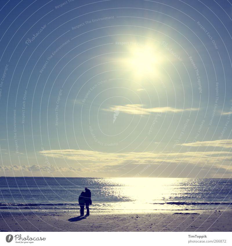 300 Jahre Photocase: Ewige Liebe Meer Strand Liebe Küste Paar Zusammensein Romantik Sehnsucht Nordsee Liebespaar Partnerschaft Fernweh Urlaubsstimmung Borkum Urlaubsort Meeresstimmung