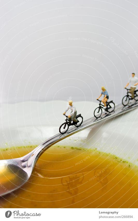 Fit und Gesund Mensch Ernährung Leben Lebensmittel Gesundheit Fahrrad Freizeit & Hobby fahren Gesunde Ernährung Fitness Teller Figur Fahrradfahren Schalen & Schüsseln Bildausschnitt Anschnitt