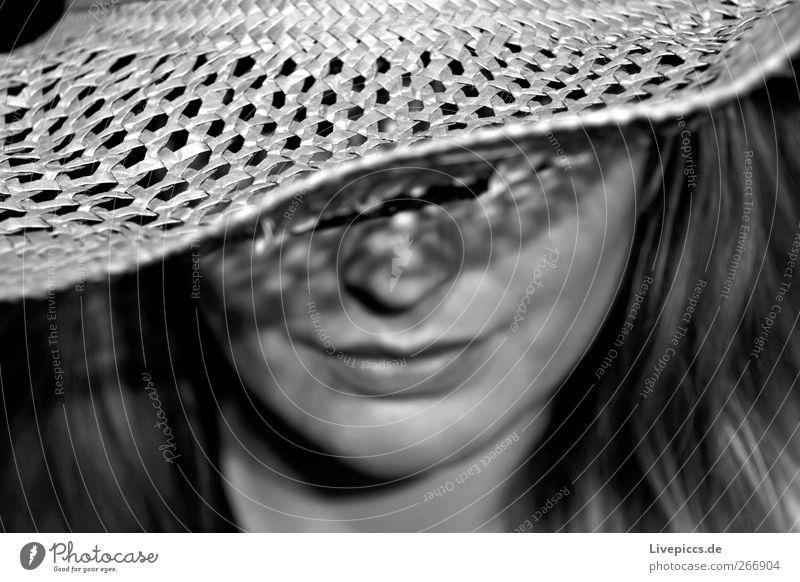 Steino Mensch feminin Junge Frau Jugendliche Erwachsene Kopf 1 18-30 Jahre grau schwarz weiß Porträt Schwarzweißfoto Innenaufnahme Kunstlicht Blitzlichtaufnahme