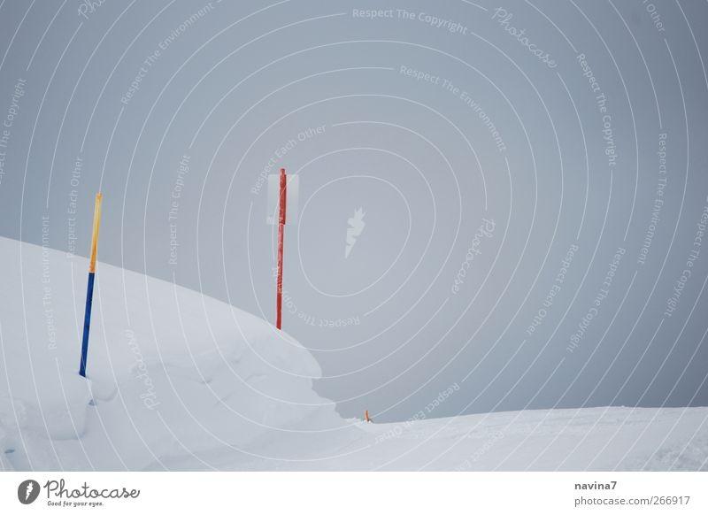 schneebel weiß Berge u. Gebirge Schnee hell Nebel Schilder & Markierungen Skipiste Vor hellem Hintergrund