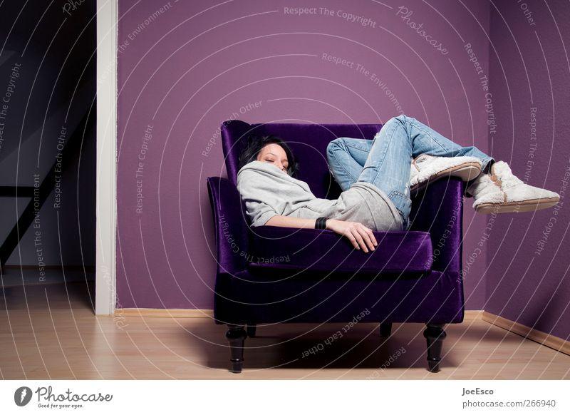 #266940 Wohlgefühl Erholung ruhig Häusliches Leben Wohnung Sessel Raum Wohnzimmer Feierabend Frau Erwachsene 1 Mensch genießen liegen sitzen träumen Coolness