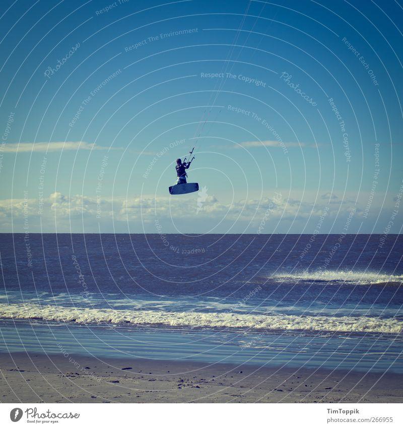 Surf'n Fly Ferien & Urlaub & Reisen Meer Strand Sport Küste springen Wellen Freizeit & Hobby Fliege Nordsee sportlich Surfen Brandung Surfer Sportler Surfbrett