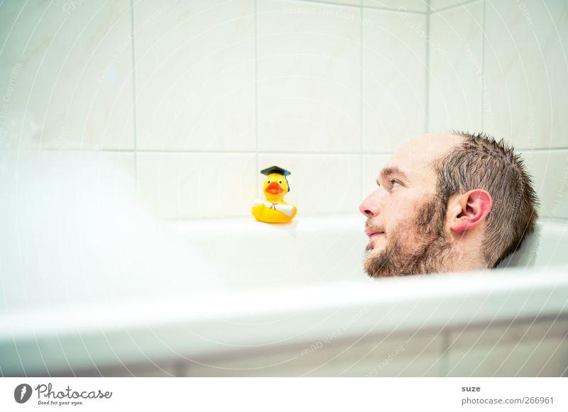 Da biste ja ... Mensch Mann Jugendliche weiß Freude Erwachsene Gesicht Junger Mann Spielen Haare & Frisuren lustig klein Kopf 18-30 Jahre Schwimmen & Baden liegen