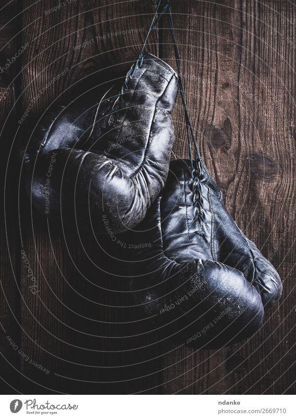 alt schwarz Lifestyle Holz Sport braun retro Aktion Fitness Seil Schutz Ring hängen antik Konkurrenz Leder