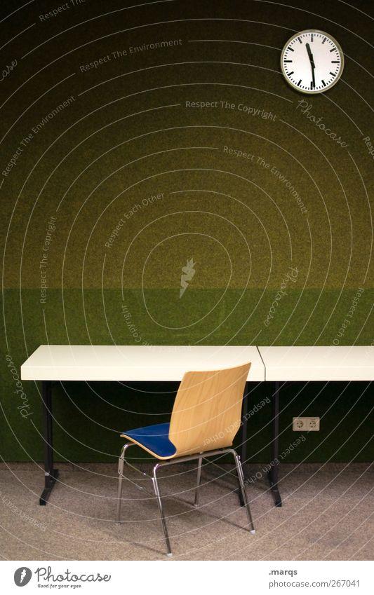 Retrospektive Uhr Stuhl Tisch Bildung Schule Studium Arbeitsplatz Büro Business Karriere lernen sitzen warten retro grün Farbe Termin & Datum