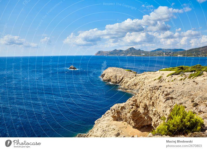 Himmel Ferien & Urlaub & Reisen Natur Sommer blau Landschaft Meer Ferne Küste Tourismus Freiheit Felsen Ausflug Horizont Wellen Aussicht