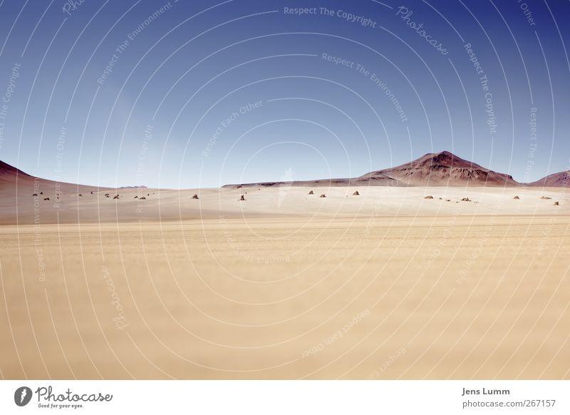 Tatooine Ferien & Urlaub & Reisen Abenteuer Ferne Freiheit Sommer Sonne Berge u. Gebirge Landschaft Urelemente Erde Sand Himmel Wolkenloser Himmel Horizont