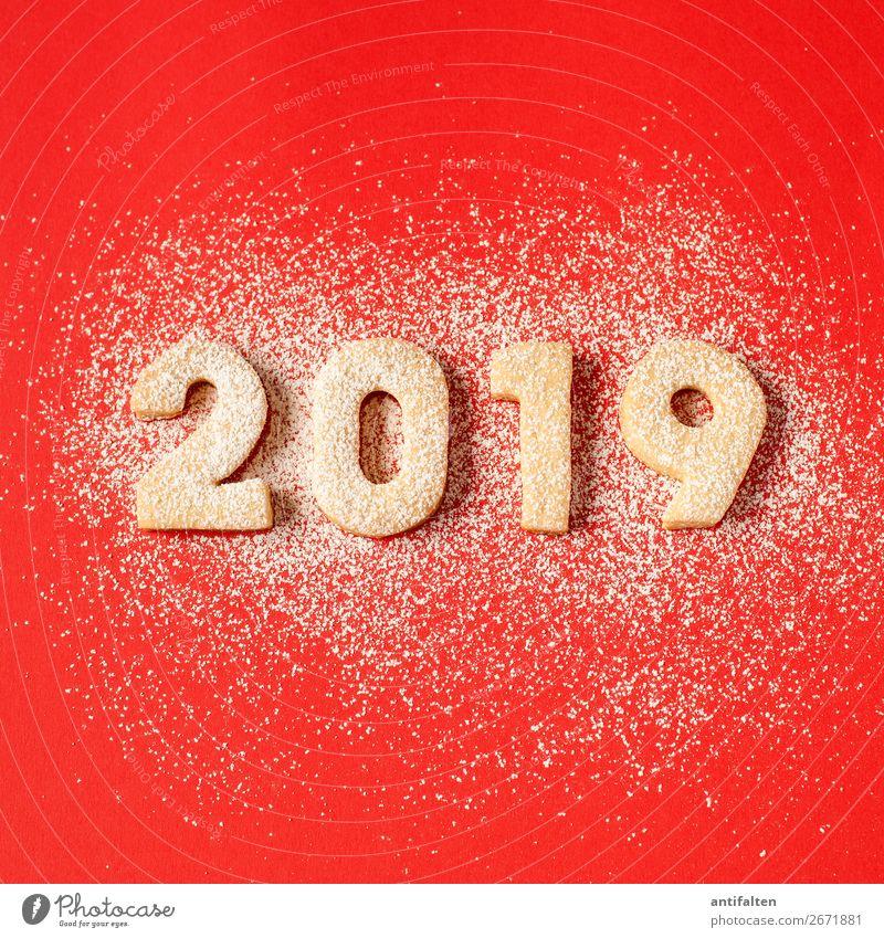 2019 wird's rot mit Schnee Teigwaren Backwaren Plätzchen Keks Plätzchen ausstechen Ernährung Kaffeetrinken Freizeit & Hobby backen Feste & Feiern Essen