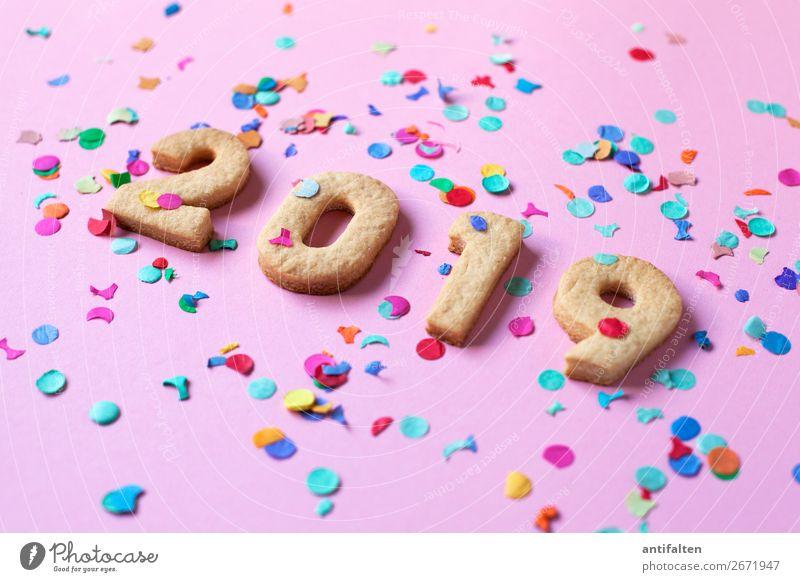 Karneval 2019 Teigwaren Backwaren Plätzchen Plätzchen ausstechen Keks Ernährung Essen Kaffeetrinken Lifestyle kaufen Stil Freude Glück Freizeit & Hobby backen