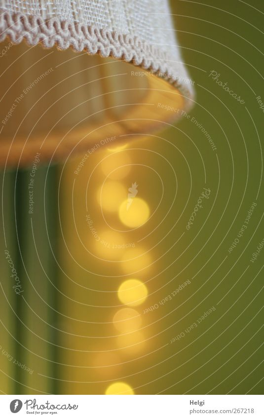 noch mehr Gold... weiß grün gelb Wand Lampe Linie Stimmung braun außergewöhnlich ästhetisch leuchten Häusliches Leben Dekoration & Verzierung Coolness retro