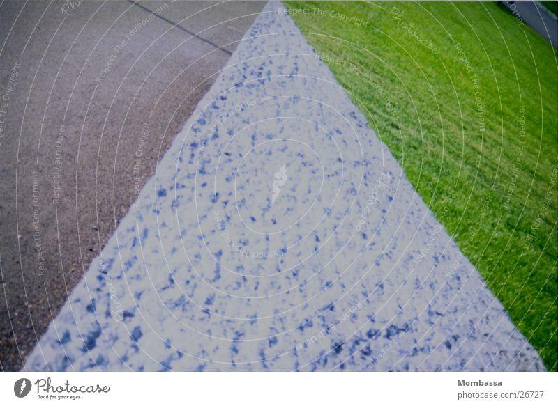 graun und grün Zaun Rasen Wege & Pfade Stein Strukturen & Formen