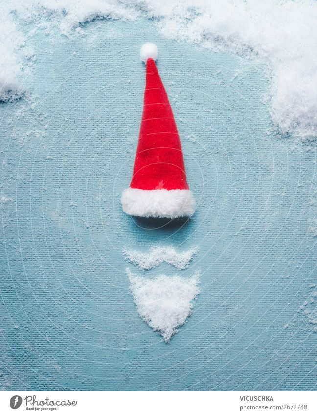 Weihnachtsmann Symbol gemacht mit Schnee und Weihnachtsmütze Mensch Weihnachten & Advent Freude Winter Hintergrundbild Feste & Feiern Stil Party Stimmung Design