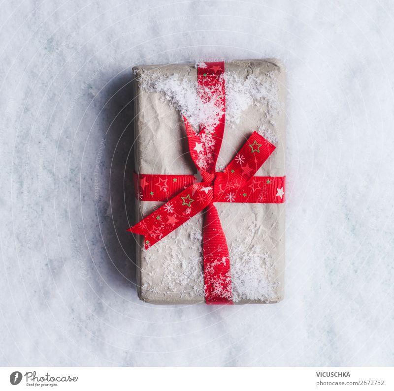 Weihnachtsgeschenk auf Schnee kaufen Stil Design Winter Dekoration & Verzierung Party Veranstaltung Feste & Feiern Weihnachten & Advent Schleife Tradition