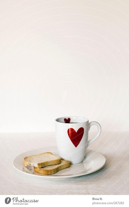 [444] Schonkost Teigwaren Backwaren Zwieback Ernährung Diät Tee Teller Becher Alternativmedizin Herz rot weiß Hemmungslosigkeit Gastritis Farbfoto Innenaufnahme