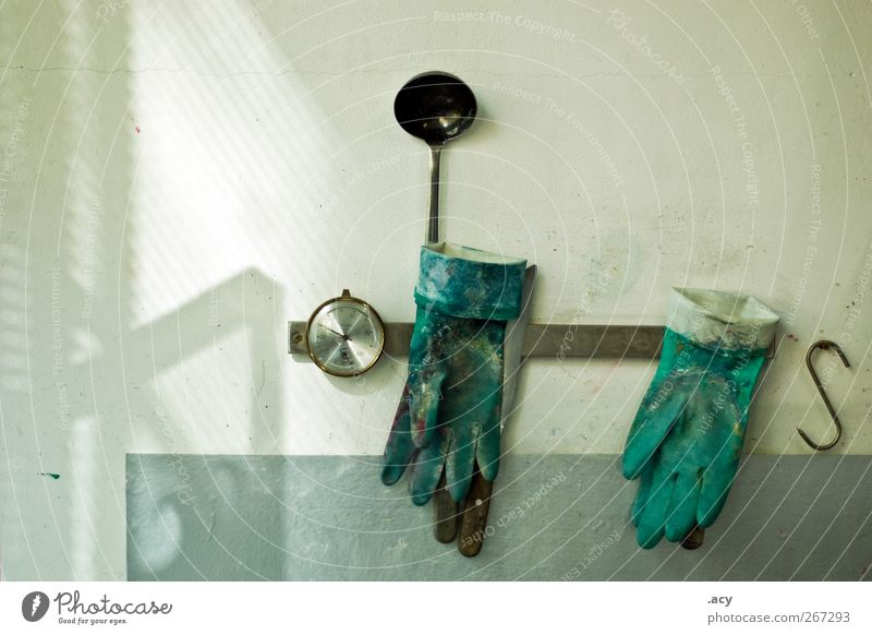 still Zufriedenheit ästhetisch Stillleben Werkzeug Handschuhe Farbfleck Farben und Lacke Druckerei Siebdruck