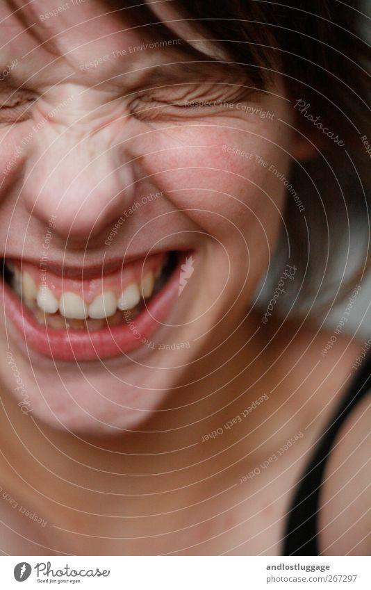 lachhaft! Mensch Jugendliche schön Freude Gesicht Erwachsene feminin Gefühle Glück lachen lustig Mund Haut natürlich frei frisch