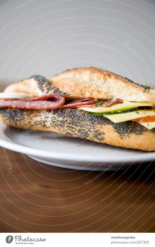 belegtes baguette Gesundheit Ernährung Lebensmittel Fitness genießen Gemüse Getreide Frühstück Brot Brötchen Picknick Tomate Backwaren Käse Salat Salatbeilage