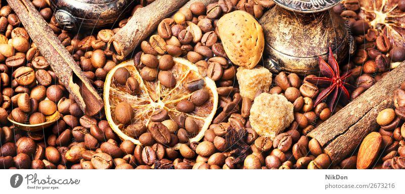 Türkischer Kaffee geröstete Bohne trinken Koffein Espresso braun Samen dunkel Café gebraten Stillleben Zucker Aroma Zimt Mandeln Ernte Makro Korn Braten