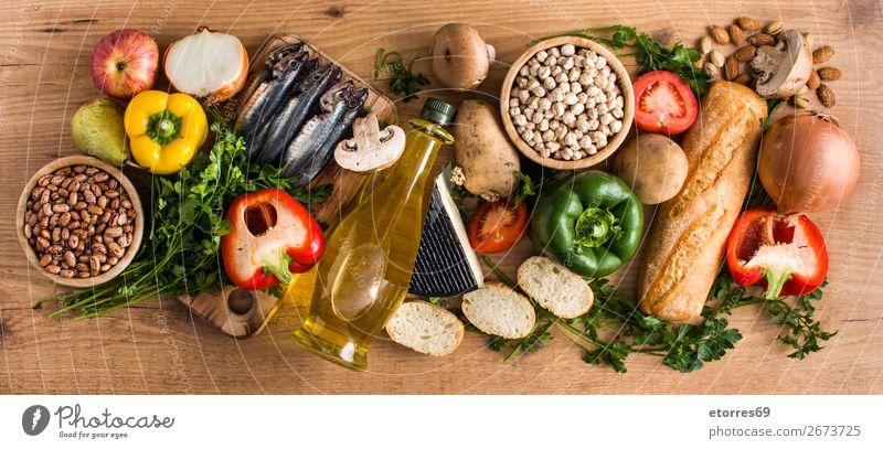 Gesunde Ernährung. Mediterrane Ernährung. Obst und Gemüse Mittelmeer mediterran Diät Gesundheit Lebensmittel Foodfotografie Frucht Fisch Getreide Korn Nuss