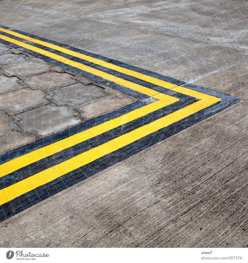 >> alt Farbe gelb Straße Wege & Pfade Stein Linie Ordnung Beginn Beton Design Verkehr ästhetisch authentisch neu Streifen