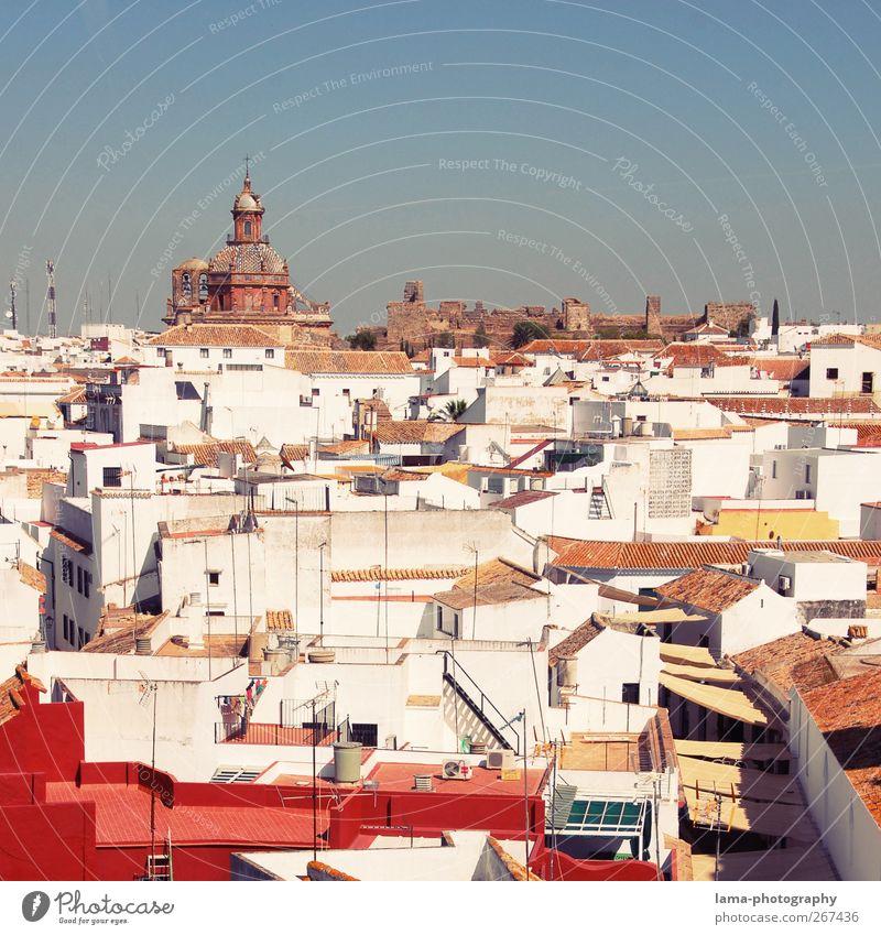 Carmona [XLI] weiß Stadt Haus Kirche Dach Aussicht Dorf Spanien Sightseeing Antenne Kleinstadt Überblick Andalusien Aussichtsturm