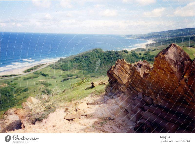 Barbados 2 grün Meer braun Südamerika Felsen Stein blau Aussicht Tal
