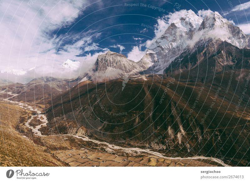 Kurven und Winkel Berge u. Gebirge wandern Umwelt Landschaft Himmel Wolken Frühling Herbst Winter Klimawandel Unwetter Wind Schnee Hügel Felsen Ama Dablam