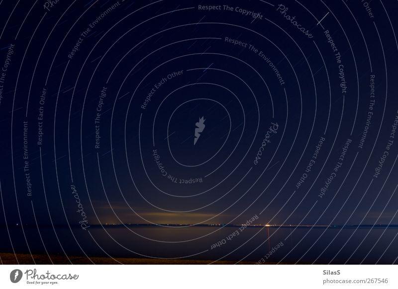 Ostsee III Himmel blau Wasser weiß Strand gelb Küste Horizont braun Stern Bucht Nachthimmel