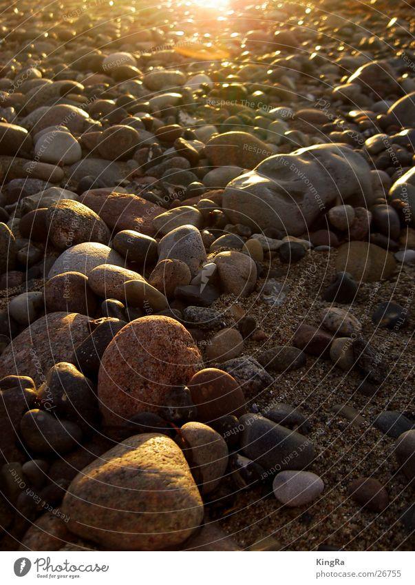 Stein auf Stein Strand Stein Sand Ostsee Kieselsteine