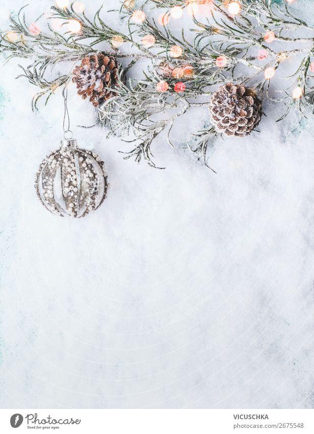 Weihnachten Schnee Hintergrund mit Weihnachtskugel Stil Design Winter Dekoration & Verzierung Feste & Feiern Weihnachten & Advent Ornament Hintergrundbild