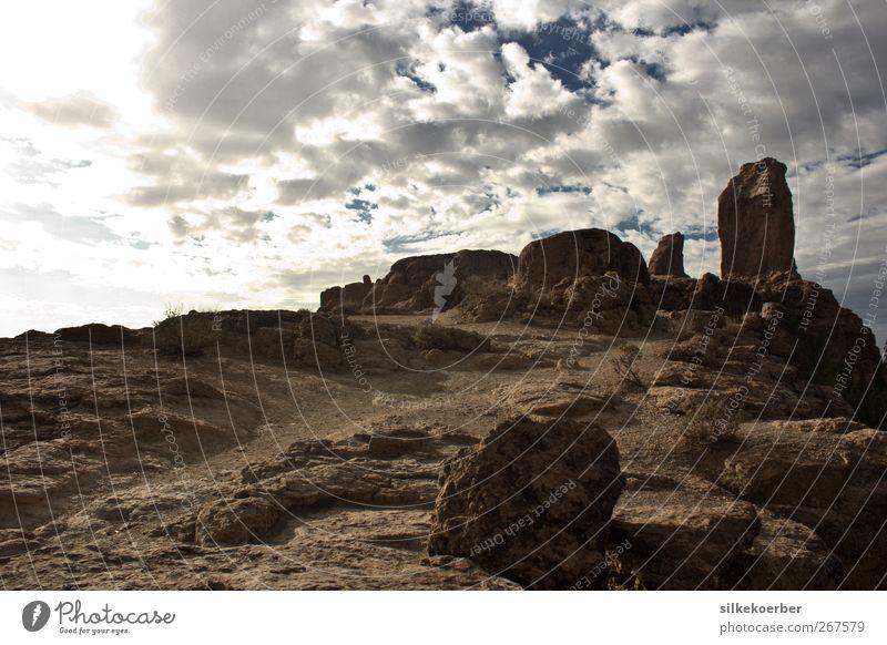 Roque Nublo Himmel Natur blau weiß Sommer Wolken Einsamkeit Landschaft Berge u. Gebirge braun Erde Wetter Felsen Kraft hoch Abenteuer