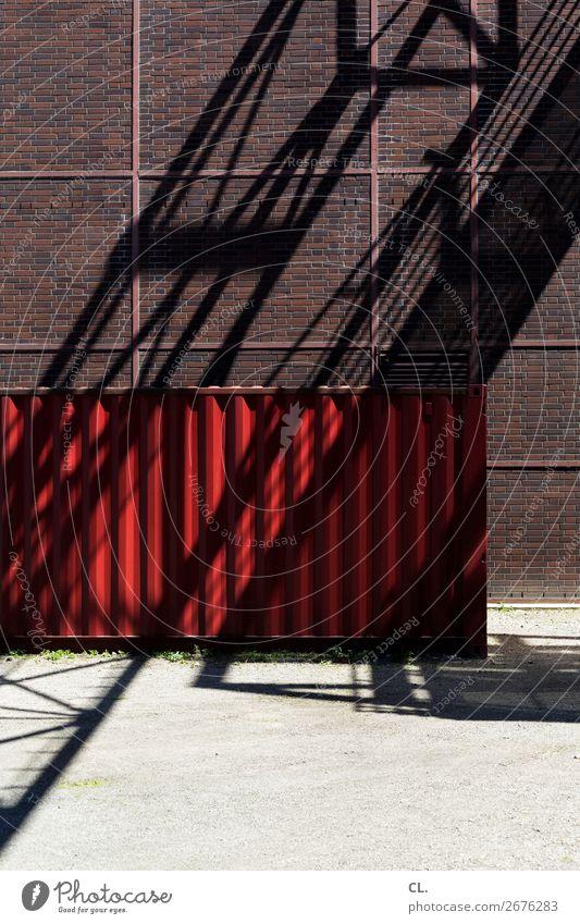 roter container Baustelle Industrie Stadt Essen Menschenleer Industrieanlage Bauwerk Gebäude Architektur Mauer Wand Container Schattenspiel Industriefotografie