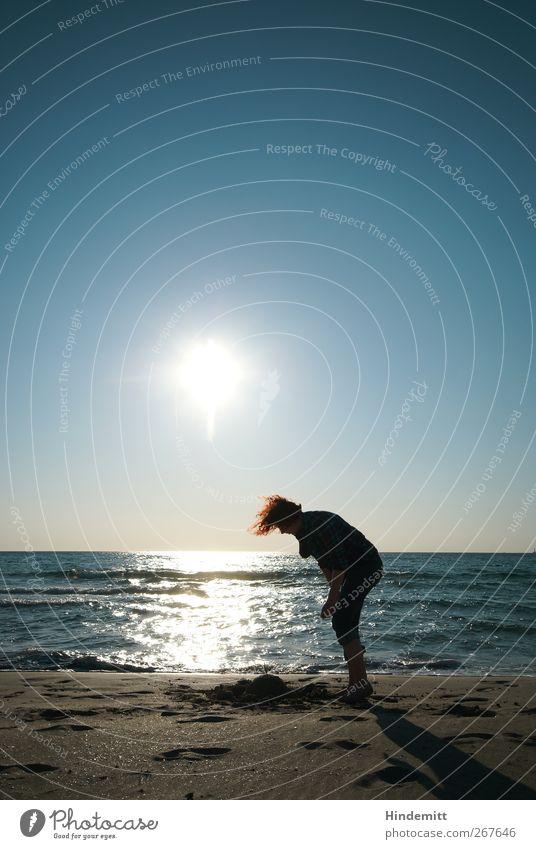 #267646 Mensch Frau Natur Jugendliche blau Ferien & Urlaub & Reisen Meer Sommer Strand Freude Erwachsene feminin Spielen grau Haare & Frisuren Körper