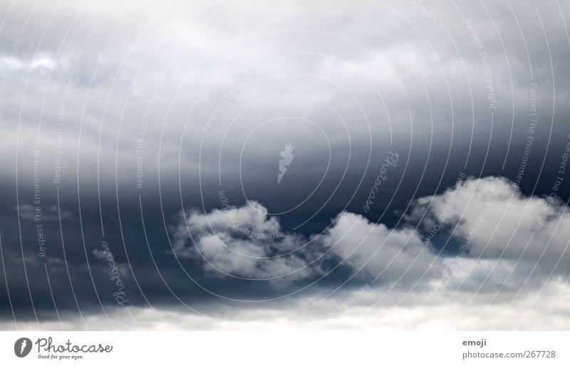 Grüsse aus Hasliberg Himmel blau weiß Wolken grau Wind Klima Unwetter Sturm Klimawandel schlechtes Wetter Gewitterwolken nur Himmel