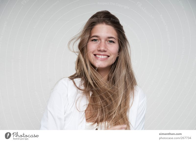 smile Mensch Frau Natur schön Leben Erotik sprechen lachen Haare & Frisuren braun Arbeit & Erwerbstätigkeit Business blond wild Zufriedenheit Erfolg