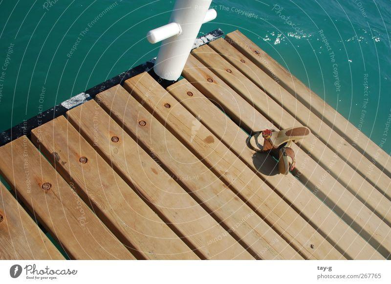 Urlaub :) Wasser Sonne Meer Sommer Strand ruhig Erholung Leben Wärme Schwimmen & Baden Zufriedenheit Schuhe Insel Design Lifestyle Wellness