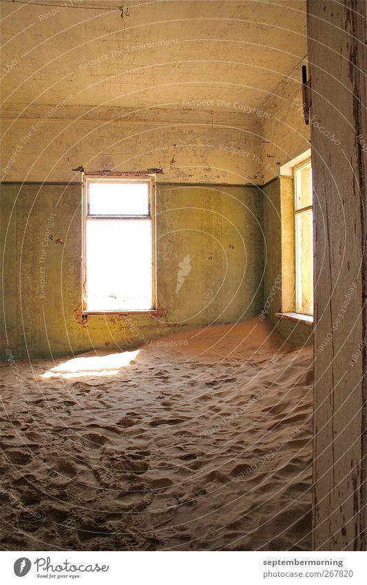 Versandet alt Sand Häusliches Leben kaputt Wandel & Veränderung trocken Ruine