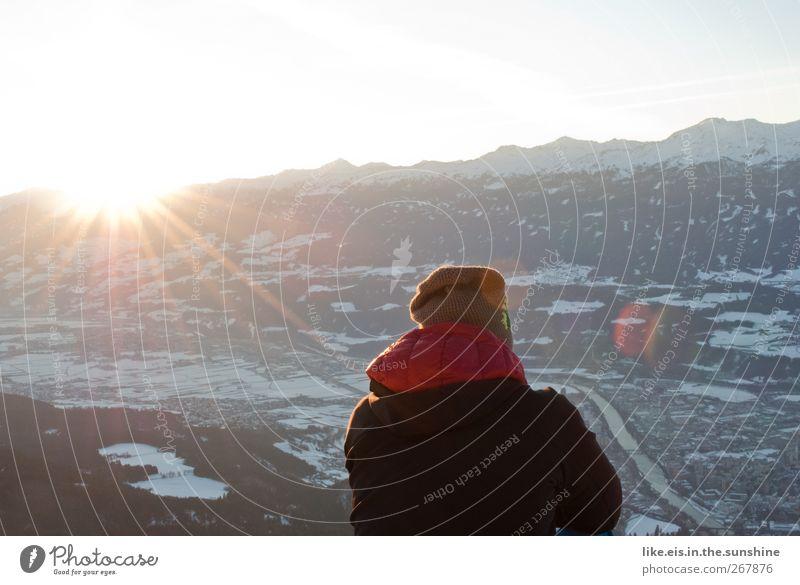 Glück. Mensch Himmel Mann Jugendliche Winter ruhig Einsamkeit Erwachsene Erholung Umwelt Schnee feminin Leben Berge u. Gebirge Eis