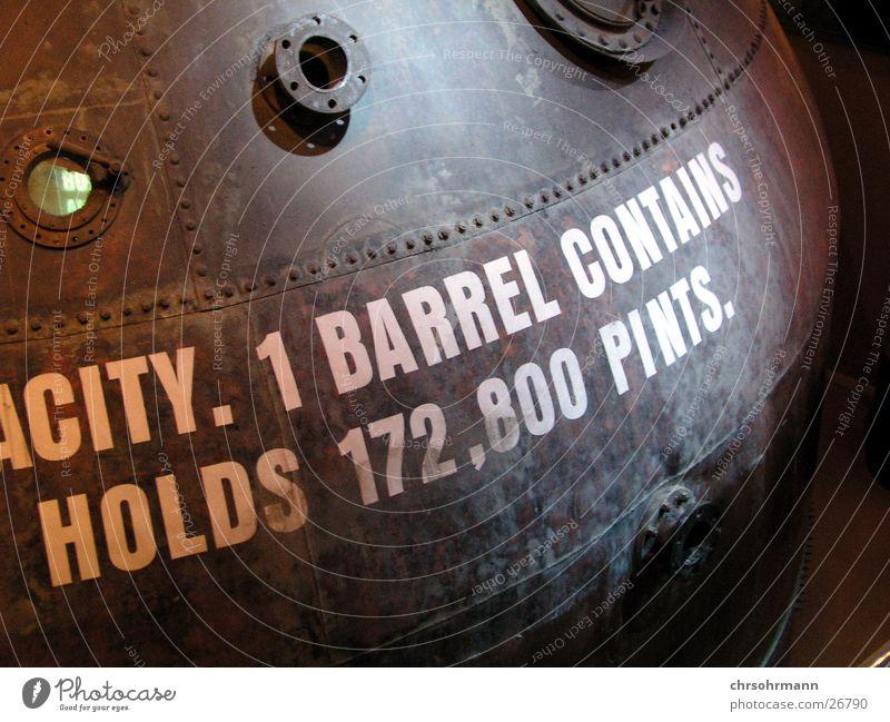172.800 Pints of Guinness Bier Dublin Brauerei Fass Industrie Guiness Beer Republik Irland