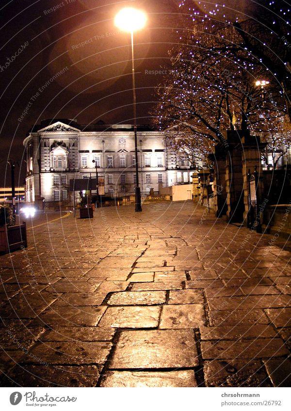 Streetlight Liverpool England Großbritannien Lampe Bürgersteig Licht Beleuchtung Reflexion & Spiegelung Nacht dunkel Laterne Langzeitbelichtung Straße Stimmung