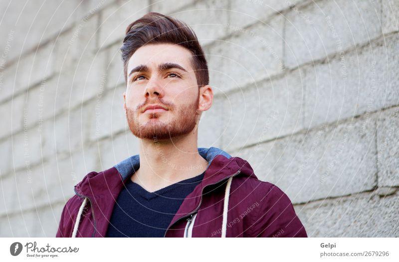 Cooler, gutaussehender Typ Lifestyle Stil Glück Körper Leben Erholung Mensch maskulin Junge Mann Erwachsene Mode Hemd Vollbart Lächeln stehen warten Erotik