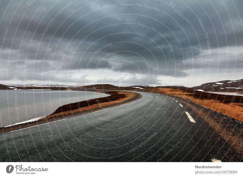 Unterwegs in der Finnmark Ferien & Urlaub & Reisen Natur Wasser Landschaft Wolken Einsamkeit ruhig Ferne dunkel Straße Wege & Pfade Tourismus Freiheit See Regen