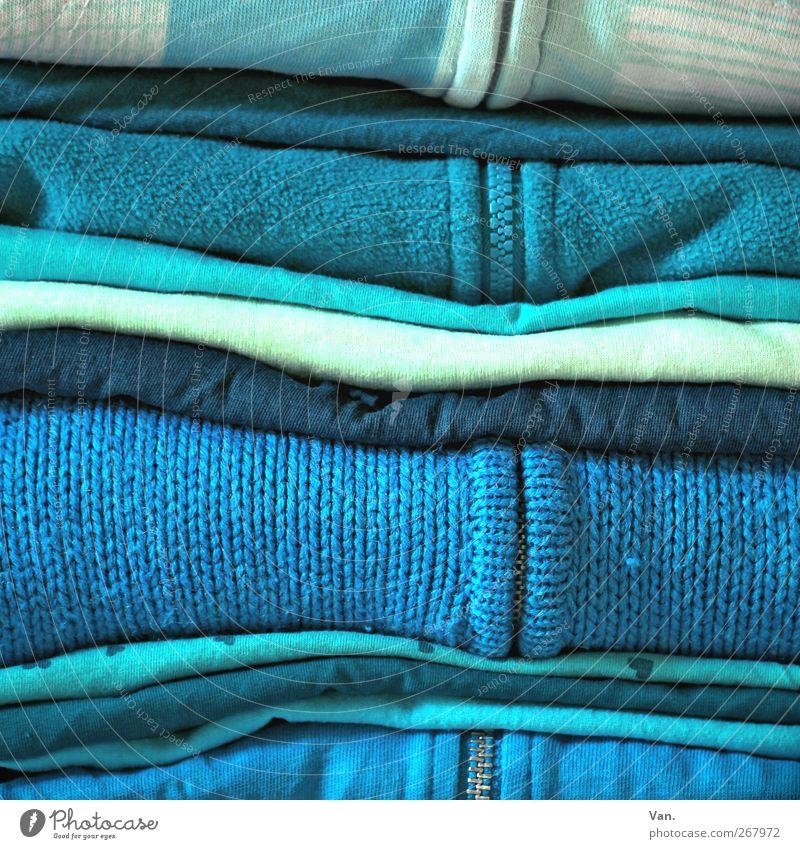 Blau, ja blau sind alle meine Kleider... blau weiß Mode Bekleidung T-Shirt Stoff Jacke türkis Pullover hell-blau Reißverschluss
