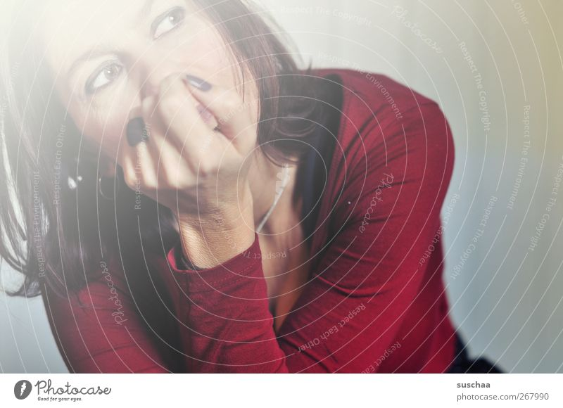 zuviel nachdenken macht mindestens nicht klüger ... feminin Junge Frau Jugendliche Erwachsene Körper Haut Kopf Haare & Frisuren Gesicht Auge Arme Hand Finger