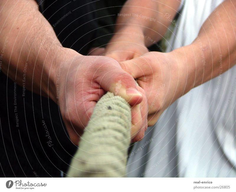 Tauziehen Arbeit & Erwerbstätigkeit Aktion Kraft Erfolg Sportmannschaft Gesellschaft (Soziologie) Teamwork Mensch anstrengen Muskulatur Spielen schwer