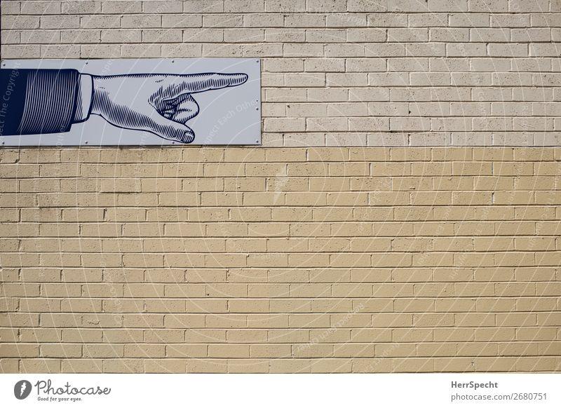 Fingerzeig Mauer Wand Backstein Zeichen Schilder & Markierungen eckig trendy schön retro Stadt gelb Zeigefinger zeigen Hand Backsteinwand Backsteinfassade