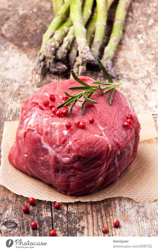 Exkuh grün rot Ernährung Lebensmittel Holz Papier Kochen & Garen & Backen Sauberkeit Gemüse dünn Zweig Holzbrett Fett Fleisch saftig Spargel