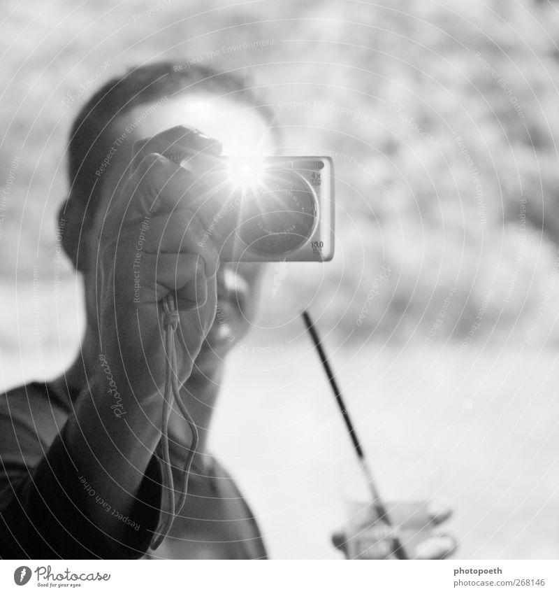 Touché hell Fotokamera Fotograf Fotografieren Auslöser blitzen Zufall