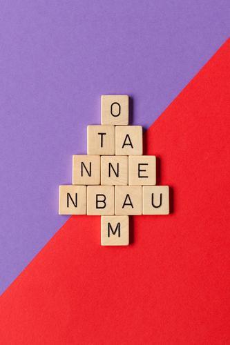 O Tannenbaum Weihnachten & Advent rot Holz Spielen Design Dekoration & Verzierung Schriftzeichen ästhetisch Fröhlichkeit Kreativität einzigartig Papier