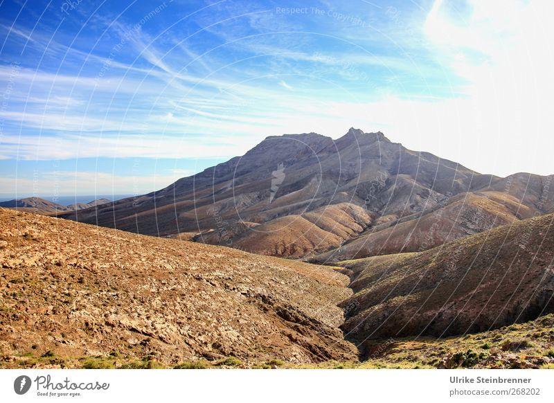 Erde ohne Lifting Himmel Natur blau Ferien & Urlaub & Reisen Einsamkeit Landschaft Berge u. Gebirge Frühling Sand braun Felsen Insel wandern Tourismus Abenteuer